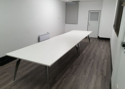 Rapid Span White Silver Frame meeting room tables
