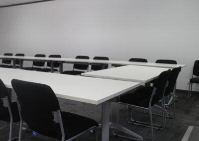 Rapidline flip top tables, Buro mario visitor chair